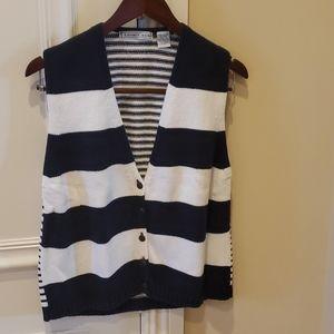 Women's sweater vest